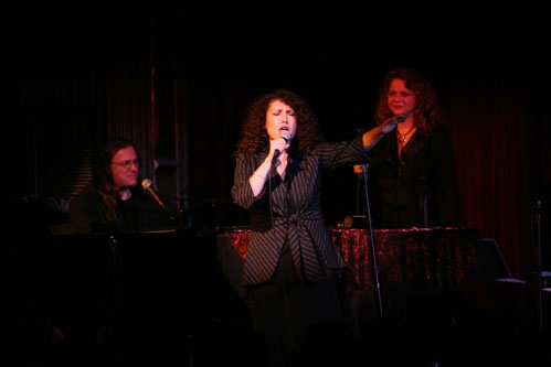 BWW Interview: Melissa Manchester on Her Café Carlyle Debut, Her Latest Album & Bway Musicals She Loves