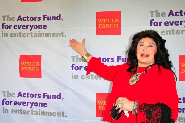 Barbara Van Orden kicks off the red carpet