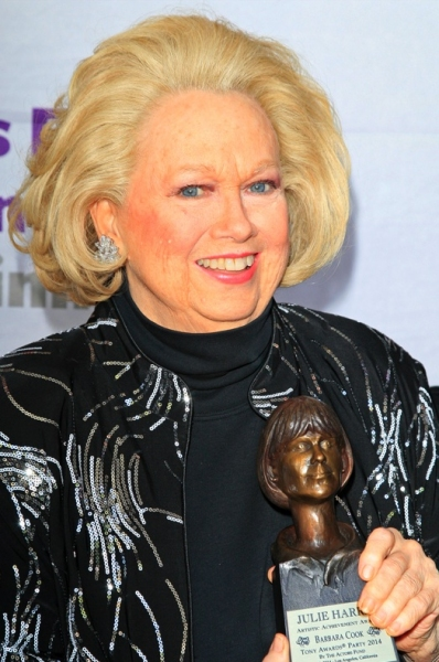 Barbara Cook with The Julie Harris Award