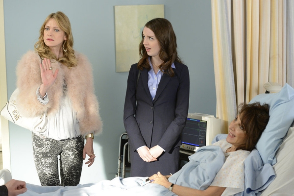 WORKING THE ENGELS -- ''Pilot'' Episode 101 -- Pictured: (l-r) Azura Skye as Sandy Engel-Karinsky, Kacey Rohl as Jenna Engel, Andrea Martin as Ceil Engel -- (Photo by: Steve Wilkie/NBC)