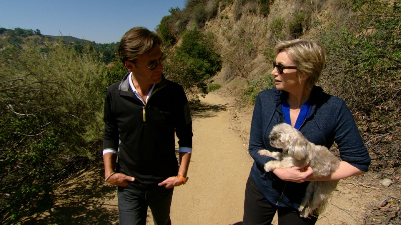 Jane Lynch Reveals Singing Makes Her Happiest on CBS SUNDAY MORNING, 6/15