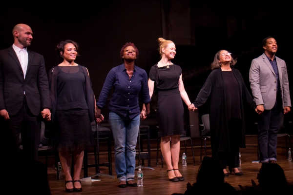 Corey Stoll, Lauren Velez, Viola Davis, Arija Bareikis, Lynda Gravatt, Russell Hornsb Photo