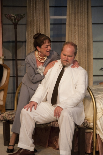 BWW Reviews: CAT ON A HOT TIN ROOF Presented With Tennessee Williams Original Script at Theatre Palisades