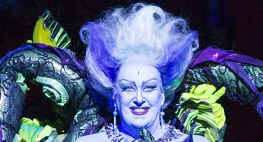 BWW Reviews: Theatre Under The Stars Presents a Glittering Production of THE LITTLE MERMAID, Despite Floundering Script