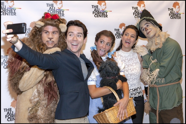 Christian Campbell and America Olivo with the Cast of THE WIZARD OF OZ