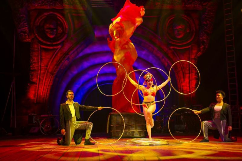BWW Reviews: Contortion, Cavorting and Conscience at Circus Oz's BUT WAIT … THERE'S MORE