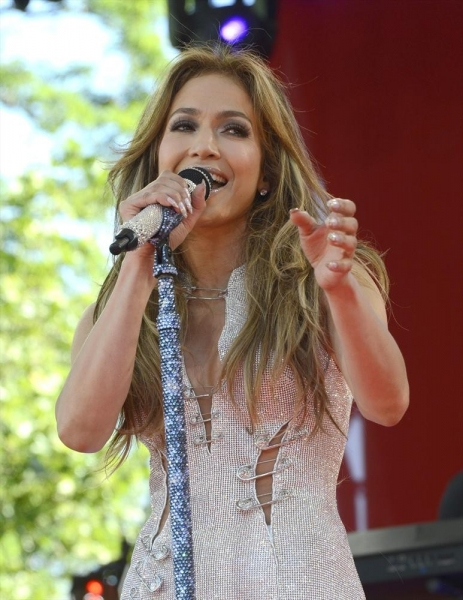GOOD MORNING AMERICA - Jennifer Lopez performs live as part of the GMA Summer Concert Series from Central Park in New York, on GOOD MORNING AMERICA, 6/20/14, airing on the ABC Television Network.   (ABC/Ida Mae Astute)  JENNIFER LOPEZ