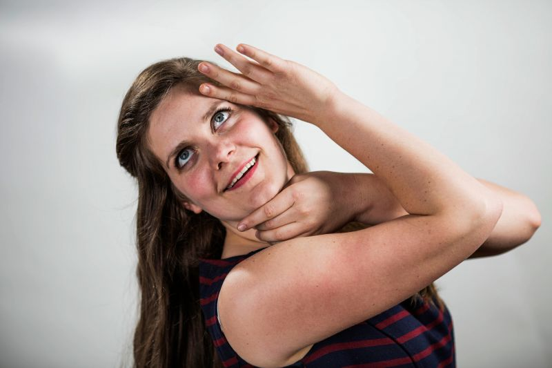 BWW Reviews: Two-Hander Sketch Comedy, Anyone? DATING: ADULTS EMBRACING FAILURE Opens at the Royal George Theatre