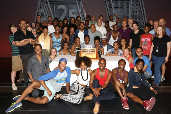 Photo Coverage: MOTOWN Celebrates 500th Performance at Lunt-Fontanne Theatre!
