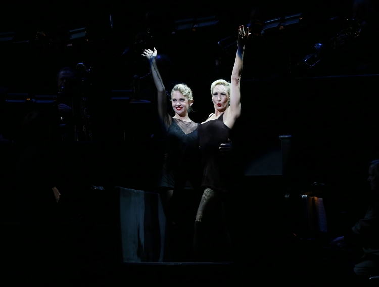 CHICAGO, Featuring Broadway Cast, to Premiere in Manila?