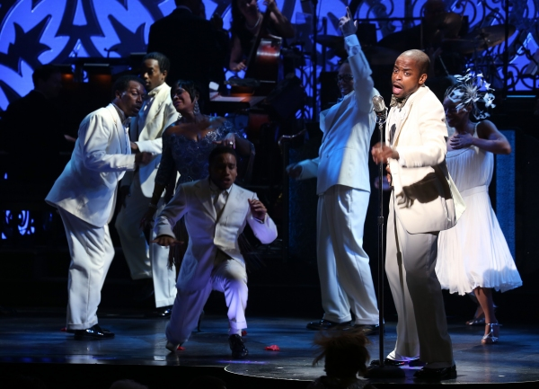 Patti LaBelle and Dule Hill  with the ensemble