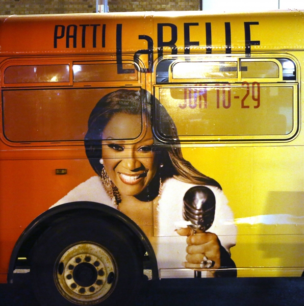 Bus AD Campaign for ''After Midnight'' starring Patti Labelle, Gladys Knight and Nata Photo