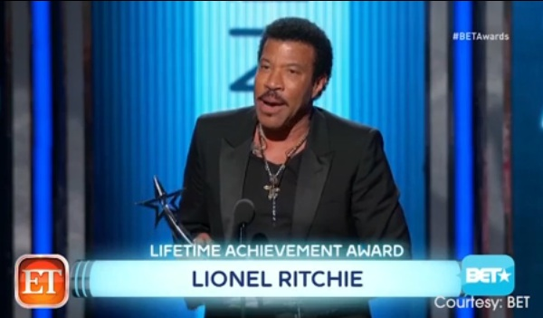 BET AWARDS Misspell Name of Lifetime Achievement Honoree Lionel Richie