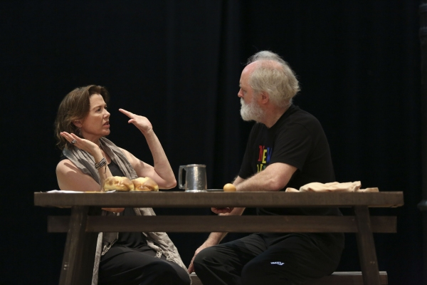 Photo Coverage: In Rehearsal with John Lithgow, Annette Bening & More for KING LEAR in the Park!