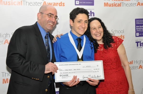 Jonah Rawitz and his parents