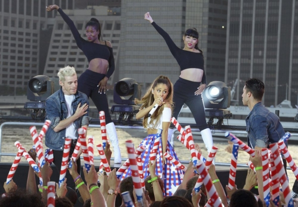 MACY''S FOURTH OF JULY FIREWORKS SPECTACULAR -- Pictured: Ariana Grande rehearses for the ''Macy''s Fourth of July Fireworks Spectacular'' -- (Photo by: Virginia Sherwood/NBC)