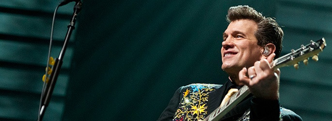 Chris Isaak and Chris Botti Perform Together for the First Time at the Hollywood Bowl Tonight