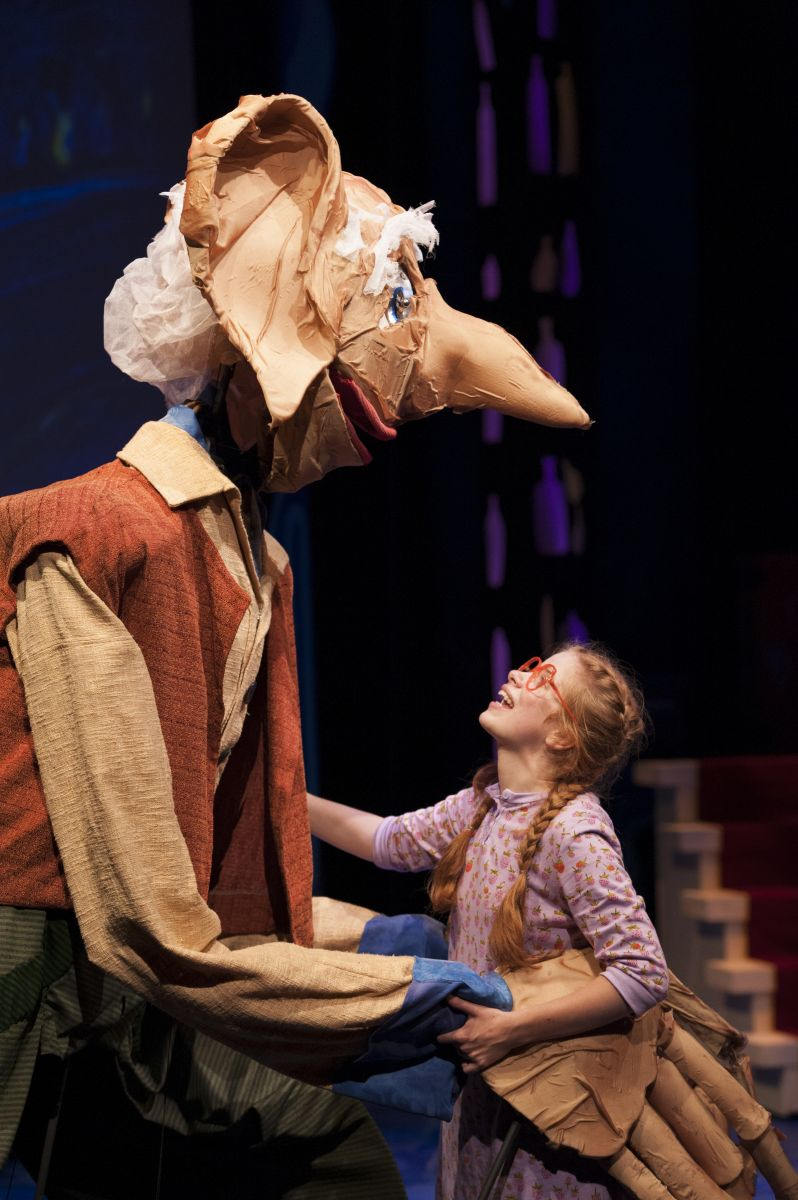 BWW Reviews:  Imagination Stage Delights with its Production of THE BFG, Adapted by David Wood from Roald Dahl's Children's Novel