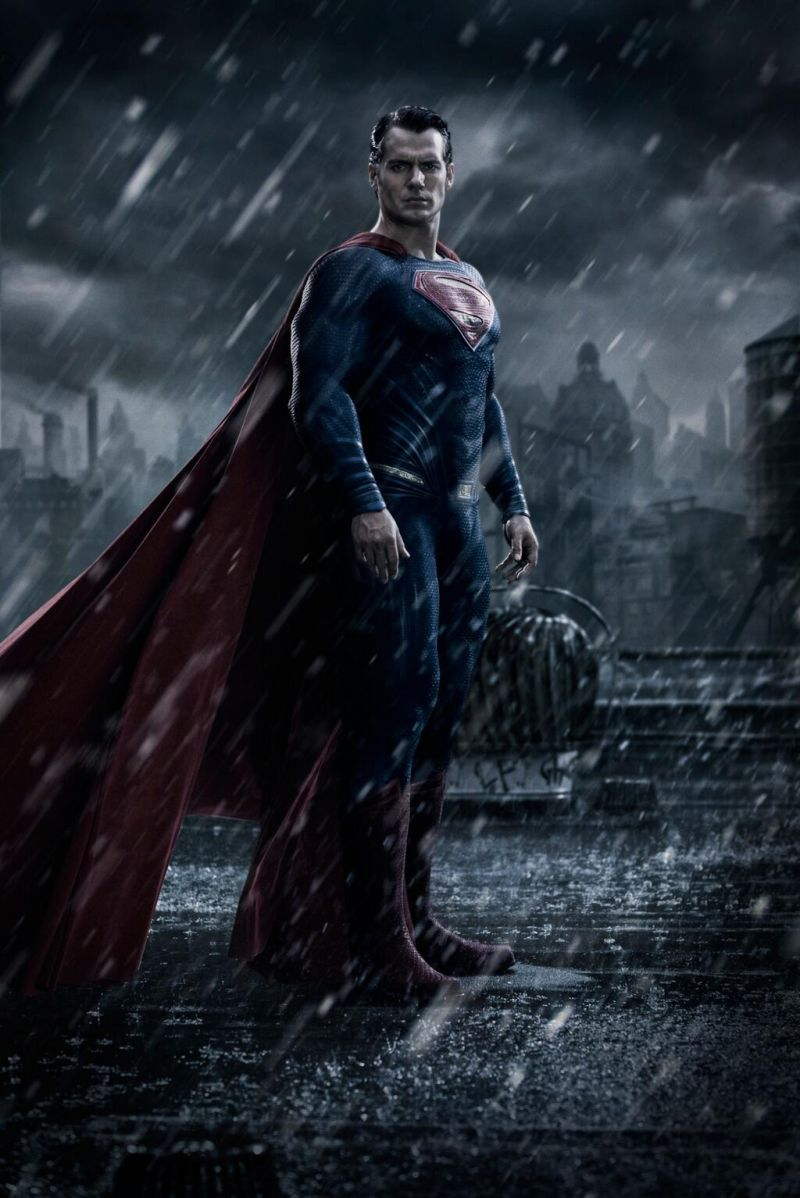 FIRST LOOK - Henry Cavill as Superman in BATMAN VS. SUPERMAN: DAWN OF JUSTICE