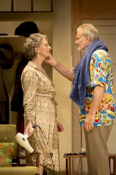 Elli (Maureen Lipman) and Billy (Oliver Cotton) Photo