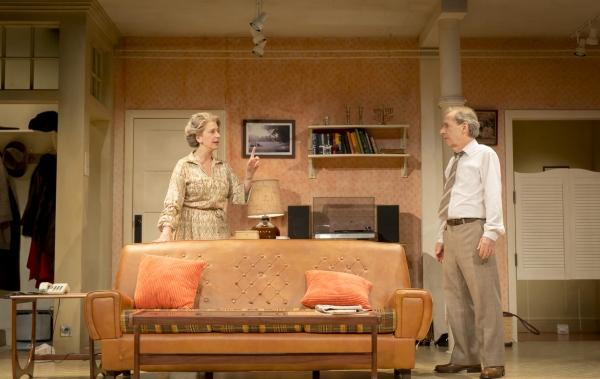 Elli (Maureen Lipman) and Joe (Harry Shearer)