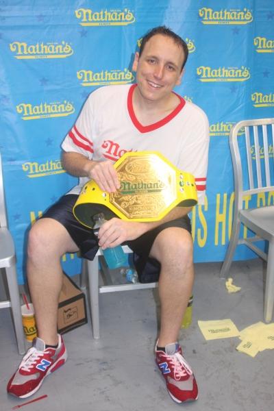 Men''s Winner Joey Chestnut