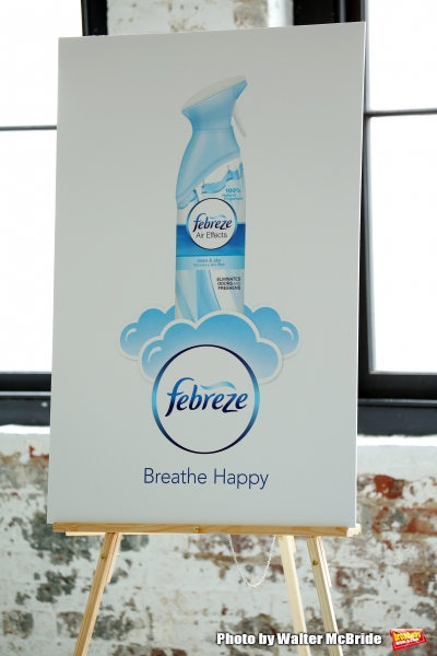 Photo Coverage: GLEE's Jane Lynch Launches 'Noseblindness' Campaign with Febreze