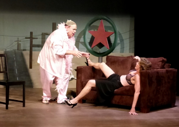 Dr. Eve''s therapy session fails to get through to Brother Boy. (from left) Greg Abbott, Cherry Norris
