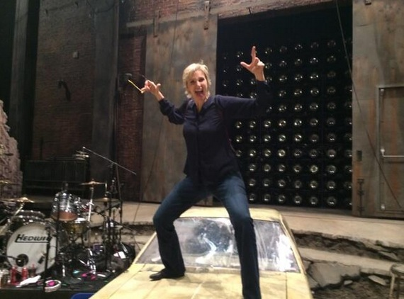 Twitter Watch: Jane Lynch Visits HEDWIG AND THE ANGRY INCH!