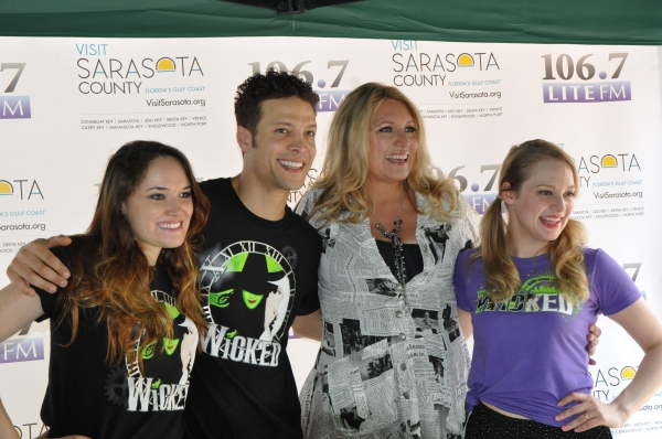 Christine Dwyer, Justin Guarini, Delilah and Jenni Barber
