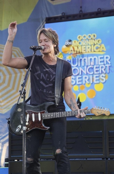 GOOD MORNING AMERICA - Keith Urban performs live as part of the Summer Concert Series on ''Good Morning America,'' 7/9/14, airing on the ABC Television Network.   (ABC/Lou Rocco)KEITH URBAN