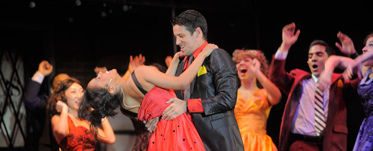 BWW REVIEWS: Riverside's WEST SIDE STORY Enthralls