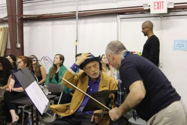 Maazel Greets Pacalin Pavaci at Castleton Festival (Photo: Sara Cohn)