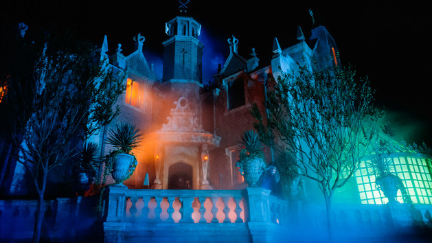 Disney Channel Planning TV Special Based on Theme Park's Haunted Mansion