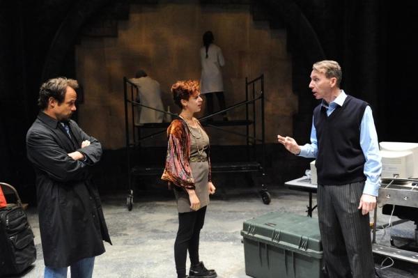 Alex Draper as Leo Katz, Tosca Giustini as Gabriella Pecs, Jonathan Tindle as Oliver  Photo