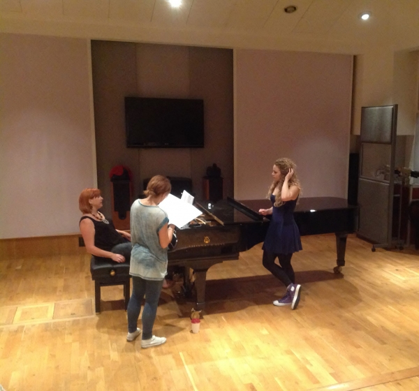 Photo Coverage: EDGES With Carrie Hope Fletcher, Emma Hatton & Niall Sheehy!
