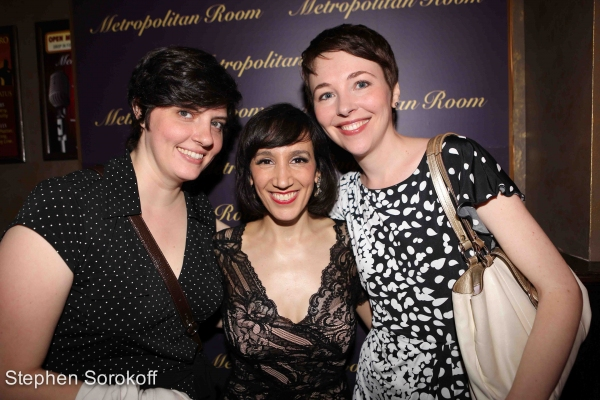 Photo Coverage: Gabrielle Stravelli Plays The Metropolitan Room