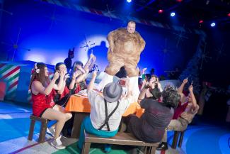 BWW Reviews: Catastrophic Theatre's A VERY TAMARIE CHRISTMAS Is a Roller Coaster of Thrills and Mirth