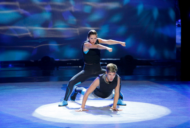 BWW Recap: Did SYTYCD's Top-16 Episode Feature the Show's Sexiest Routine Ever? Updated & with Pictures