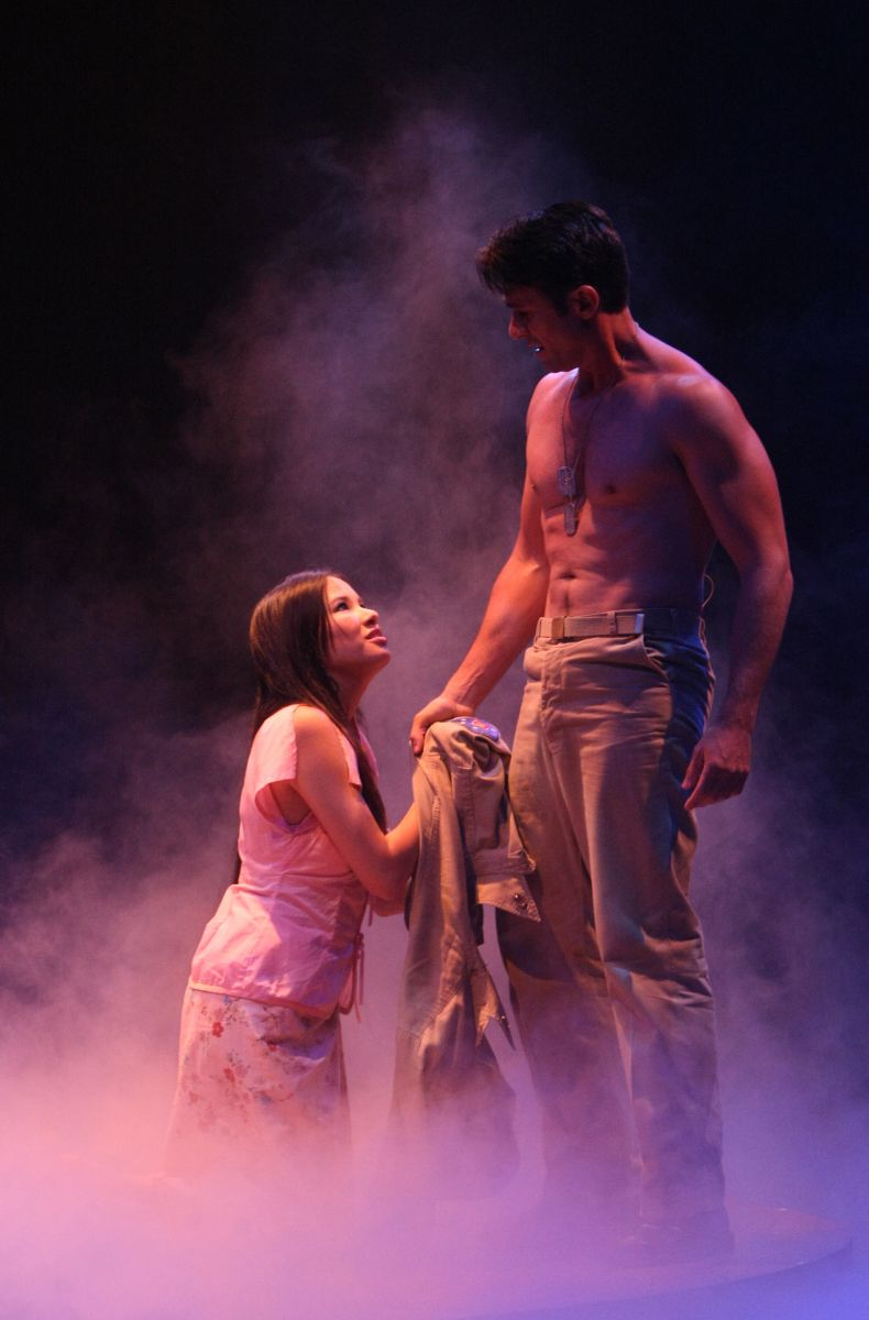 BWW Reviews: SOUTH PACIFIC is Younger Than Springtime at Music Circus