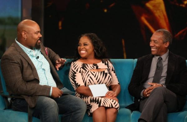 Photo Flash: Tune-In Tomorrow to Watch ALADDIN's James Monroe Iglehart on THE VIEW!