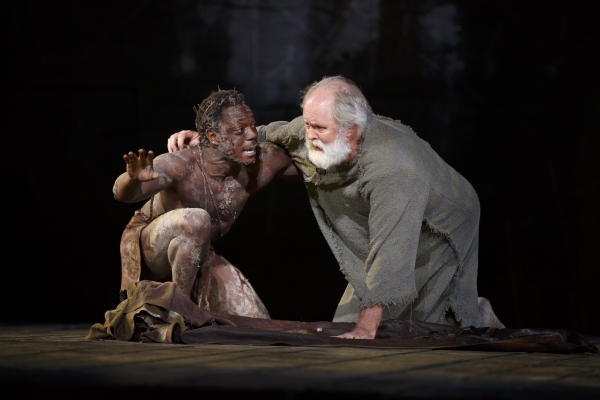 Chukwudi Iwuji and John Lithgow