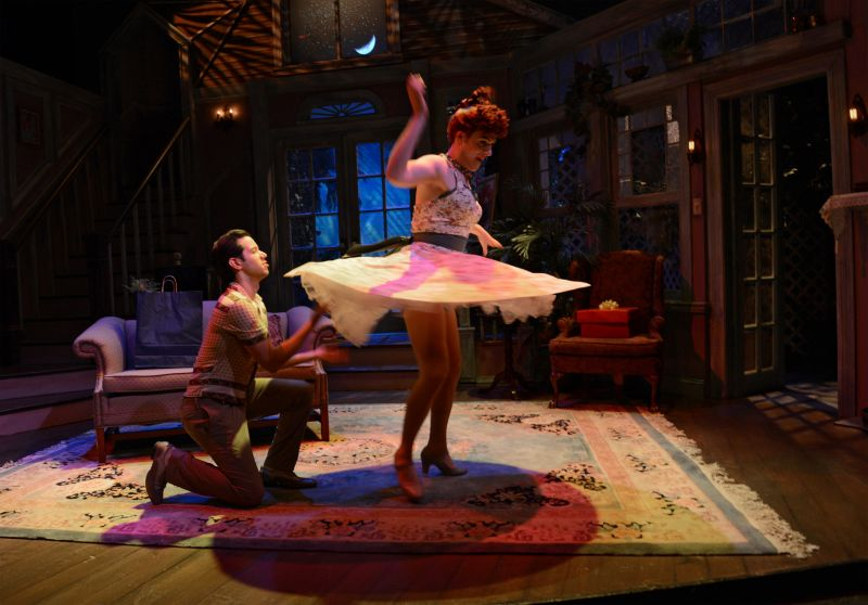 BWW Reviews:  DROP DEAD PERFECT Showcases the Legendary Everett Quinton