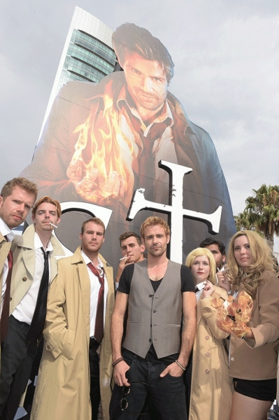 Photo Flash: CONSTANTINE's Matt Ryan Poses with Fan Look-A-Likes at San Diego Comic-Con