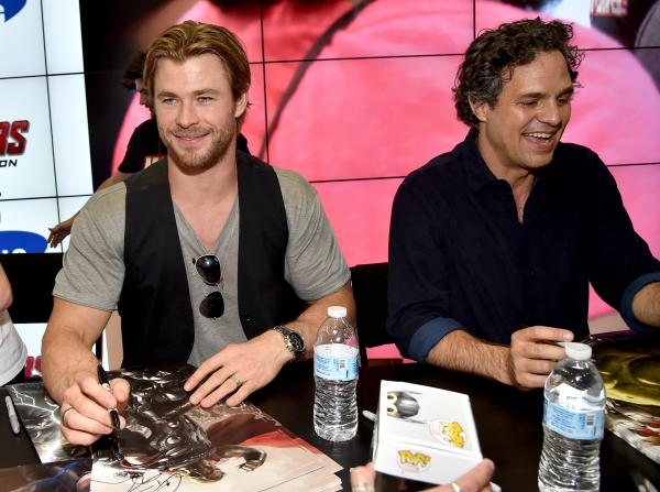 Chris Hemsworth;Mark Ruffalo