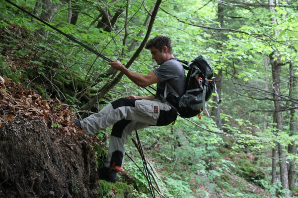 RUNNING WILD WITH BEAR GRYLLS -- ''c'' Episode 103 -- Pictured: Zac Efron -- Photo by: (Duncan Gaudin/NBC)