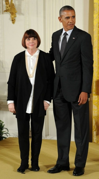 Linda Ronstadt and President Barack Obama