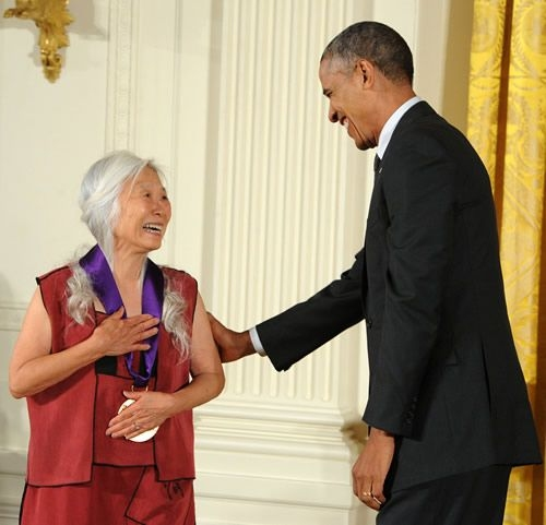 Maxine Hong Kingston and President Barack Obama