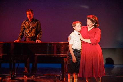 Photo Flash: First Look at Alex Ross, Sarah Elizabeth Smith  and More in the Regional Premiere of THE BOY FROM OZ at Uptown Players