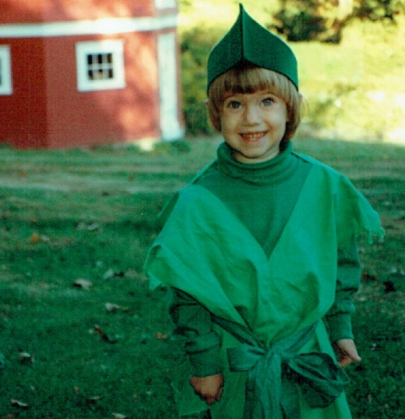 Photo: Allison Williams Shares PETER PAN Photo on Instagram!
